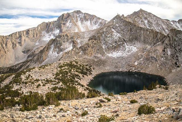 Kearsarge Pass, Inyo National Forest, California, Big Pothole Lake, Sierra, alpine, basin, lake,