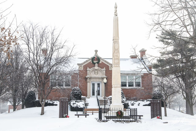 Carnegie Library,  Iowa, Library, Tipton, Soldiers Monument, Grant Wood,