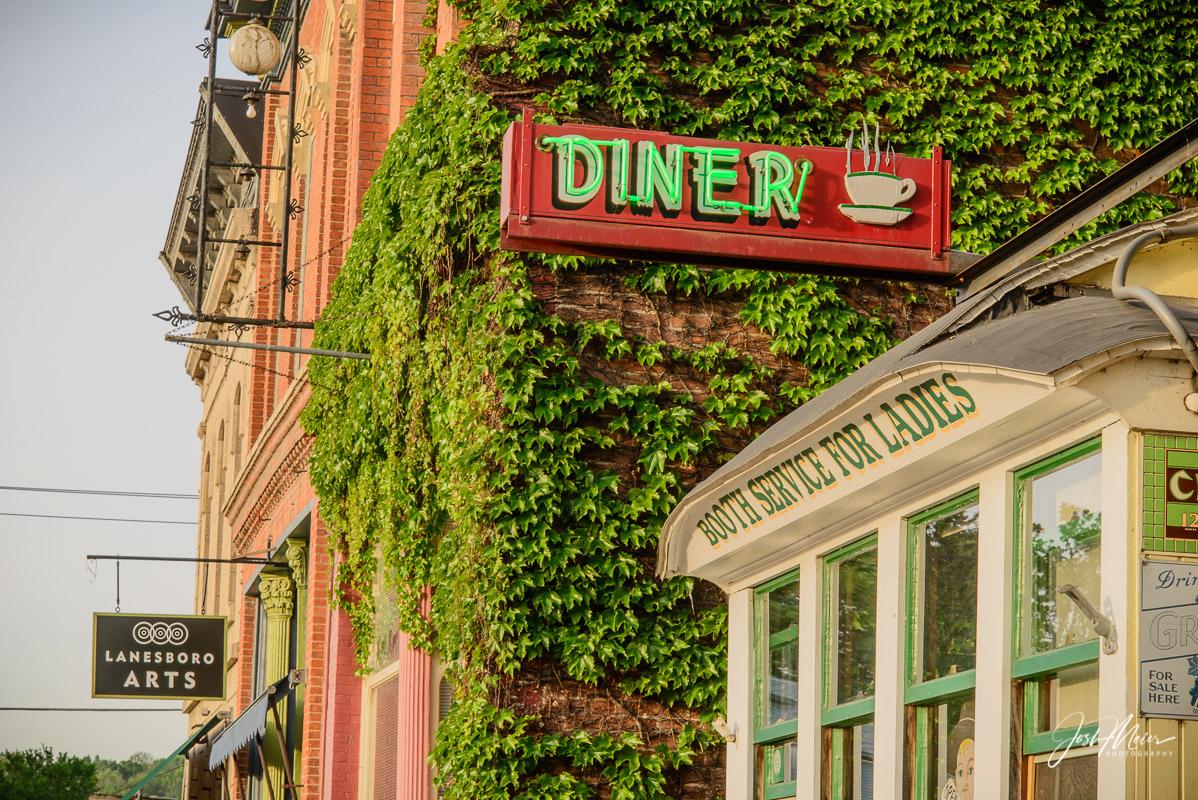 Diner, Lanesboro, Minnesota, historic, booth service, photo